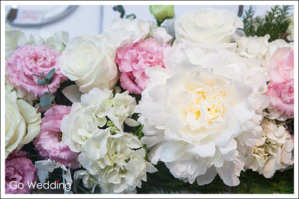 花藝設計, 婚禮設計, 彌月設計, 求婚設計, 各式 party設計, 公司活動, 專櫃活動, 贈送花禮設計, 精品花藝,婚禮設計, Tethys Flower Design二月神話專業花藝,二月神話